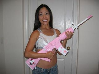 Hellokitty_ar15assault_2